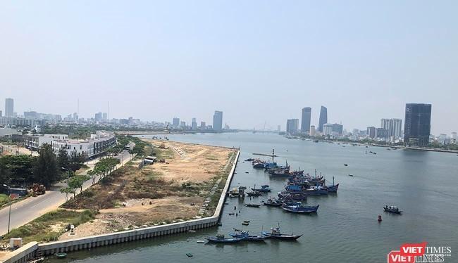 Đà Nẵng cho biết sẽ tiến hành rà soát toàn bộ các dự án lấn sông Hàn