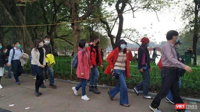 Savills nhận định, sự bùng phát của virus Corona ở Trung Quốc đã gây ra cú sốc lớn đối với ngành du lịch toàn cầu và dự kiến sẽ còn tiếp tục ảnh hưởng không nhỏ đến hoạt động kinh doanh du lịch.