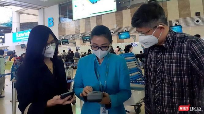 Hành khách tại sân bay Nội Bài. Ảnh minh họa: K.N