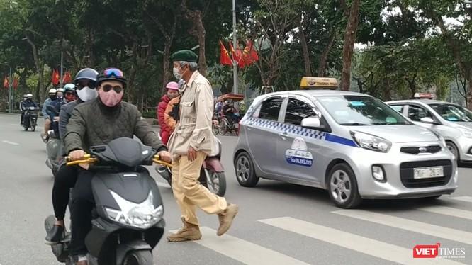 Người dân tại 5 tỉnh thành có thêm hình thức nộp phạt vi phạm hành chính trong lĩnh vực giao thông đường bộ. Ảnh minh họa: Anh Lê