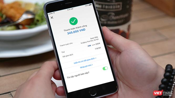 Grab và Moca đưa ra loạt ưu đãi, khuyến khích người dùng thanh toán trực tuyến trong bối cảnh phức tạp của dịch COVID-19.