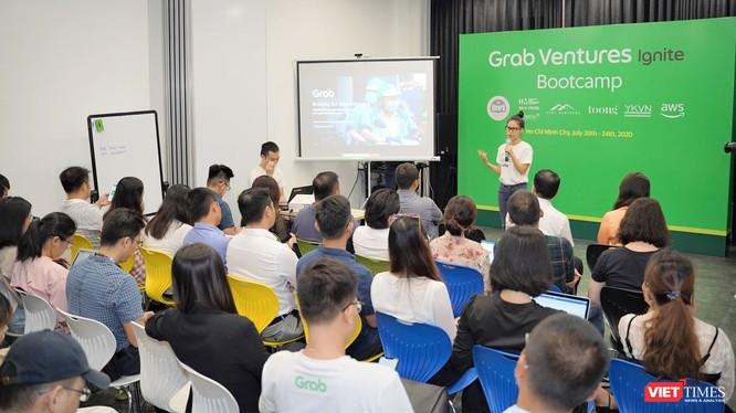 Bà Nguyễn Thái Hải Vân, Giám đốc Điều hành, Grab Việt Nam tại Bootcamp.