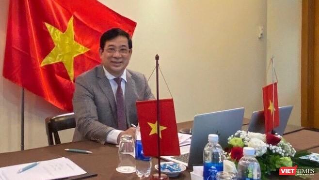 Theo PGS.TS. Lương Ngọc Khuê, thiết lập hệ thống chỉ đạo xuyên suốt là một trong những bài học lớn của Việt Nam từ chống dịch COVID-19.