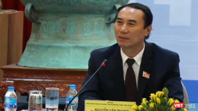 Ông Nguyễn Văn Phụng – Vụ Trưởng Quản lý thuế doanh nghiệp lớn, Tổng cục Thuế - cho rằng cần nhận thức đúng về việc tiêu dùng rượu bia.