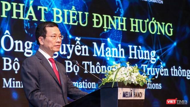 Bộ trưởng Nguyễn Mạnh Hùng cho rằng sứ mệnh của an toàn, an ninh mạng Việt Nam là bảo vệ sự thịnh vượng của Việt Nam trên không gian mạng.