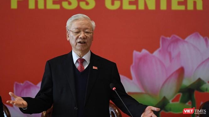 Tổng Bí thư chủ trì cuộc họp báo đầu tiên sau thành công của Đại hội Đảng XIII.