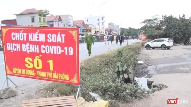 Hải Phòng triển khai các chốt chặn đảm ngừng tiếp nhận tất cả các công dân và hàng hóa từ tỉnh Hải Dương về Hải Phòng.