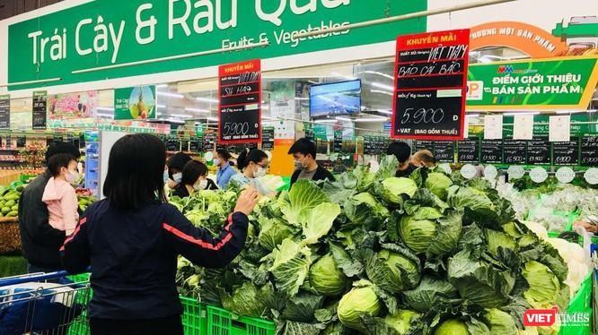 Su hào và bắp cải của Hải Dương được bán với giá 5.900 đồng/kg.