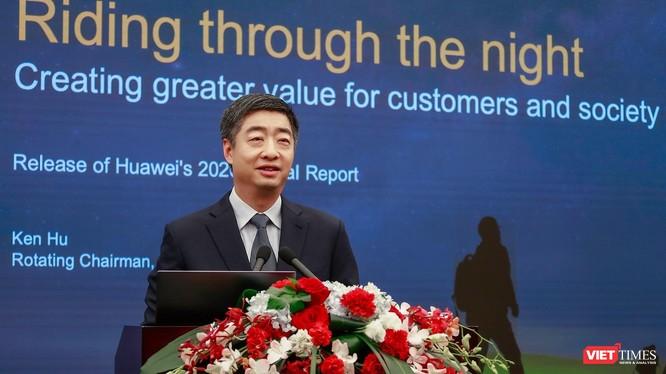 Ông Ken Hu - Chủ tịch luân phiên của Huawei.