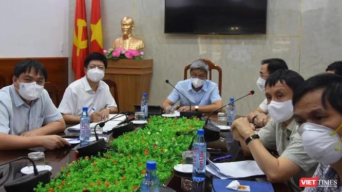 Thứ trưởng Nguyễn Trường Sơn chủ trì cuộc họp về tiến độ thiết lập các trung tâm hồi sức tích cực tại TP.HCM.
