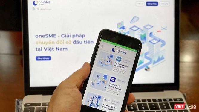 Đây là nền tảng chuyển đổi số toàn diện đầu tiên tại Việt Nam dành cho doanh nghiệp doanh nghiệp vừa và nhỏ.