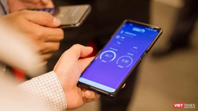 Người sử dụng có thể lựa chọn từ hệ thống các điểm đo 02 điểm thử nghiệm để đo kết nối Internet quốc tế. Khách hàng chủ động chọn kênh kết nối (Wifi, 4G), nhà mạng phù hợp để truy cập các dịch vụ Internet quốc tế.