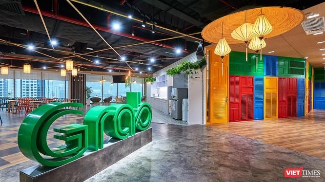 """Grab Việt Nam vinh dự được vinh danh là một trong những """"Nơi làm việc tốt nhất Châu Á 2021"""" của tạp chí HR Asia."""