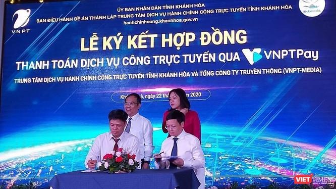 Lễ ký kết Hợp đồng cung cấp dịch vụ thanh toán qua VNPT Pay của tỉnh Khánh Hòa.