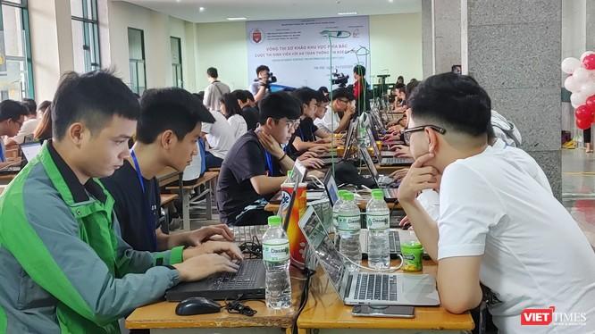 Vòng Sơ khảo đã kết thúc với 10 đội Việt Nam bước vào Chung khảo.