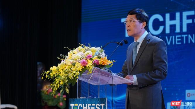 Thứ trưởng Bộ KH&CN Trần Văn Tùng phát biểu bế mạc Techfest năm 2020.