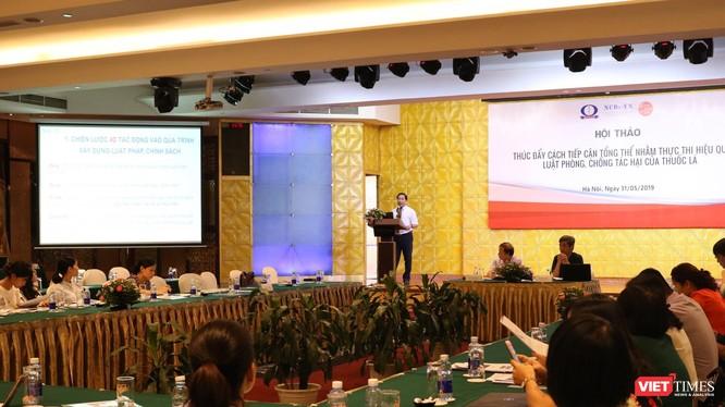"""Hội thảo """"Thúc đẩy cách tiếp cận tổng thể nhằm thực thi hiệu quả Luật phòng chống tác hại thuốc lá"""". Ảnh: Minh Thúy."""