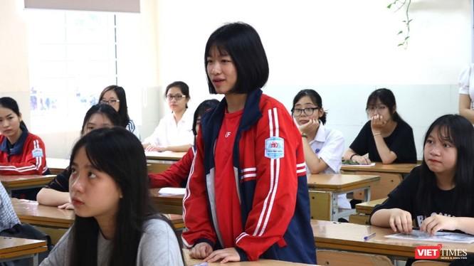 Một học sinh dự thi trong kỳ thi tuyển sinh vào lớp 10. Ảnh: Minh Thúy