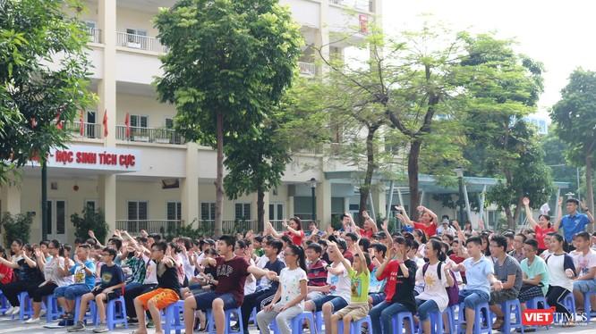 Học sinh tại Trường THCS Dịch Vọng B (Cầu Giấy). Ảnh: Minh Thúy