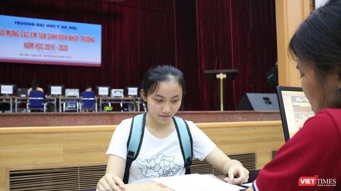 Em Ngô Thu Hà - Thủ khoa ngành Y khoa, Trường ĐH Y Hà Nội. Ảnh: Minh Thúy
