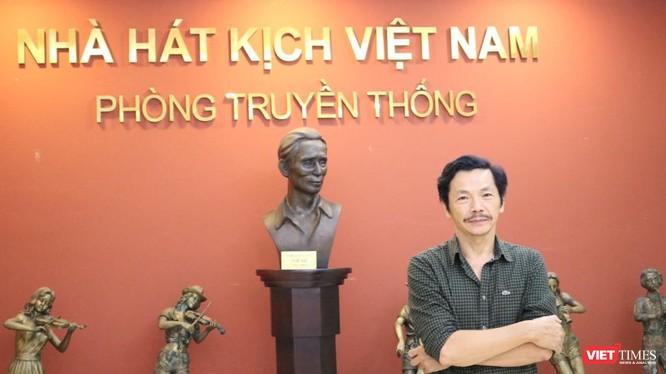 NSND Trung Anh tại Nhà hát Kịch Việt Nam. Ảnh: Minh Thúy