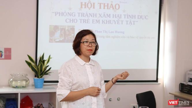 Bà Phan Thị Lan Hương - Phó giám đốc Trung tâm Nghiên cứu và bảo vệ quyền trẻ em. Ảnh: Minh Thúy