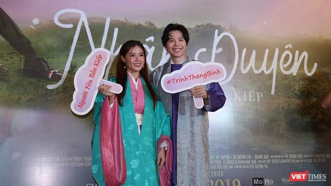 """Trịnh Thăng Bình và Midu tại buổi ra mắt phim """"Nhân duyên – Người yêu tiền kiếp"""". Ảnh - Minh Thúy."""