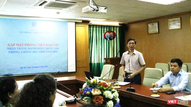 Buổi gặp mặt báo chí nhân Tháng hành động quốc gia phòng, chống HIV/AIDS và Ngày Thế giới phòng, chống HIV/AIDS (1/12). Ảnh: Minh Thúy