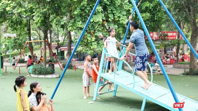 Trẻ em vui chơi