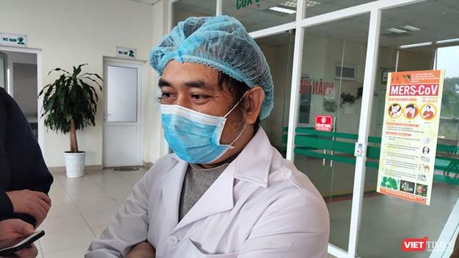 ThS. BS. Nguyễn Trung Cấp – Trưởng khoa Cấp cứu, Bệnh viện Bệnh Nhiệt đới Trung ương. Ảnh: Minh Thúy