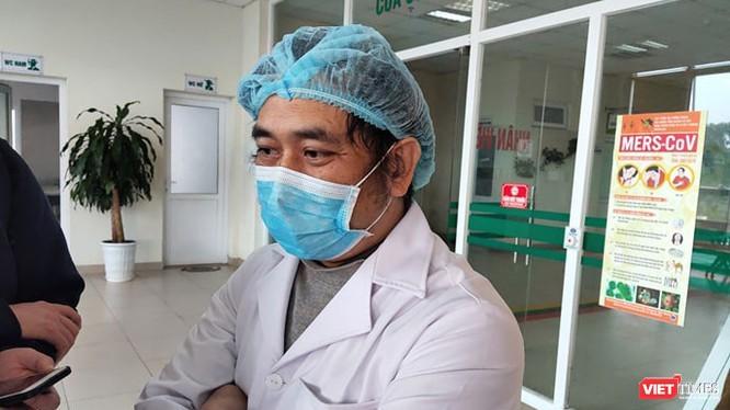 ThS. BS. Nguyễn Trung Cấp – Trưởng khoa Cấp cứu Bệnh viện Bệnh Nhiệt đới Trung ương cơ sở 2 (Đông Anh, Kim Chung, Hà Nội). Ảnh: Minh Thúy