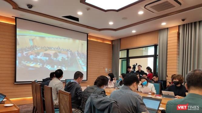 UBND TP. Hà Nội họp khẩn thông tin về tình hình dịch COVID-19. Ảnh: Minh Thúy
