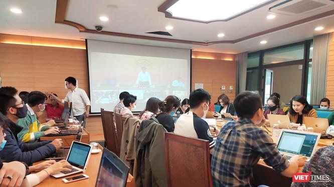 Báo chí dự họp Ban chỉ đạo Quốc gia phòng, chống dịch COVID-19 tại UBND TP. Hà Nội. Ảnh: Minh Thúy