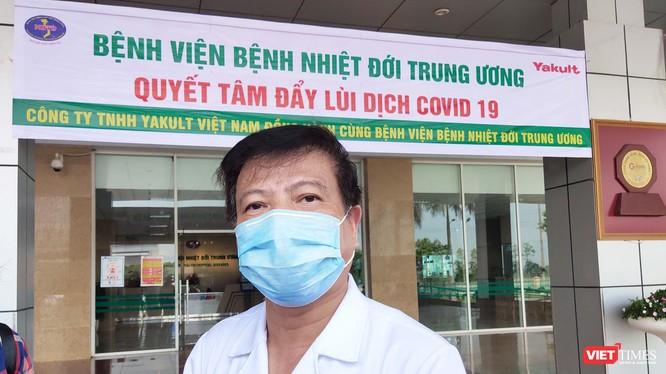 GS. TS. Nguyễn Văn Kính – Chủ tịch Hội Truyền nhiễm Việt Nam, nguyên Giám đốc Bệnh viện Bệnh Nhiệt đới Trung ương (Ảnh: Minh Thúy)