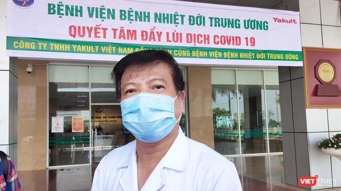 GS. TS. Nguyễn Văn Kính – Chủ tịch Hội Truyền nhiễm Việt Nam, nguyên Giám đốc Bệnh viện Bệnh Nhiệt đới Trung ương. Ảnh: Minh Thúy