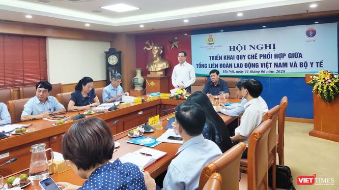 Toàn cảnh hội nghị sơ kết quy chế phối hợp giữa Tổng Liên đoàn Lao động Việt Nam và Bộ Y tế. Ảnh: Minh Thúy