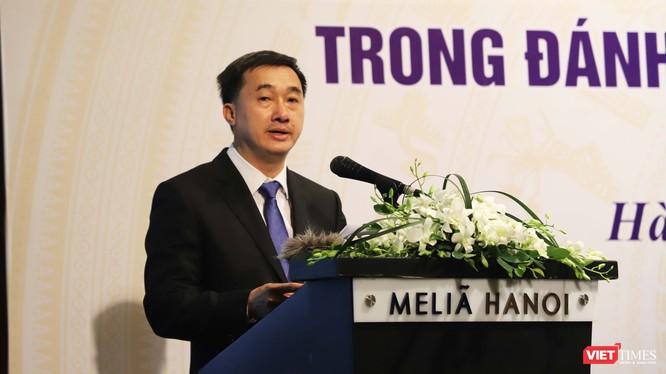Thứ trưởng Bộ Y tế Trần Văn Thuấn (Ảnh: Bảo Hiệp)