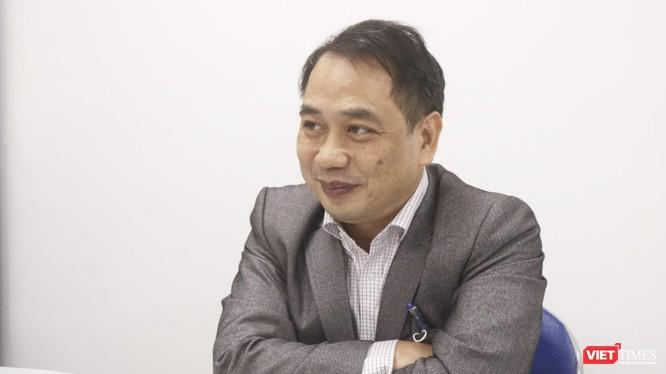 BS.CKII. Nguyễn Trung Cấp - Phó Giám đốc Bệnh viện Bệnh Nhiệt đới Trung ương (Ảnh: Minh Thuý)