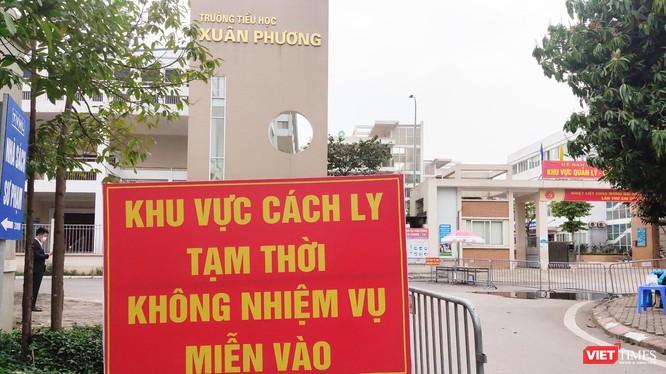 Khu vực cách ly ở Trường Tiểu học Xuân Phương (Ảnh - Minh Thuý)