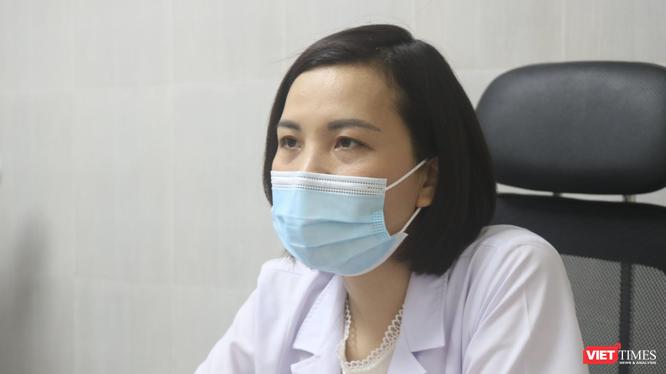 BS. CKI. Nguyễn Thị Sim – Phó Giám đốc Trung tâm Sàng lọc, Chẩn đoán trước sinh và sơ sinh, Bệnh viện Phụ sản Hà Nội (Ảnh - Minh Thuý)