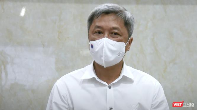 Thứ trưởng Bộ Y tế Nguyễn Trường Sơn (Ảnh - VT cắt từ video)