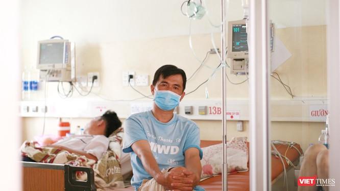 Tránh để bệnh nhân sốt xuất huyết nằm la liệt, người bệnh nặng nằm chung với người mới bị bệnh