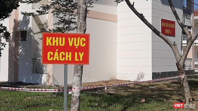 TP.HCM: BV Dã chiến cách ly 171 người về từ vùng dịch. Ảnh: N.T