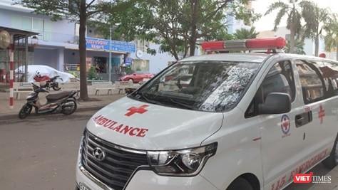Cách ly 1 chung cư ở phường Thảo Điền, quận 2 vì có bệnh nhân dương tính với COVID-19. Ảnh: Hòa Bình