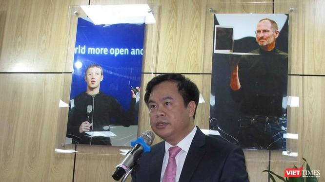 Ông Vương Quốc Thắng, Giám đốc Trung tâm Chuyển giao tri thức và Hỗ trợ khởi nghiệp (Đại học Quốc gia Hà Nội). Ảnh: VietTimes