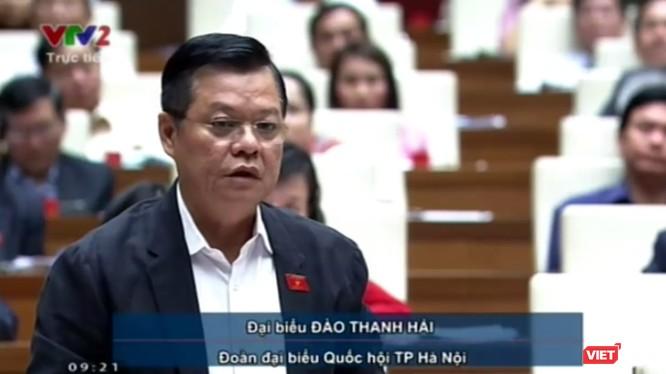 Đại tá Đào Thanh Hải - Phó Giám đốc thành phố Công an Hà Nội – đã phát biểu tại Quốc hội sáng 7/11. Ảnh cắt từ clip
