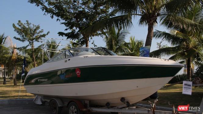 Du thuyền của hãng Jeanneau vừa triển lãm tại Tuần Châu. Ảnh: VietTimes
