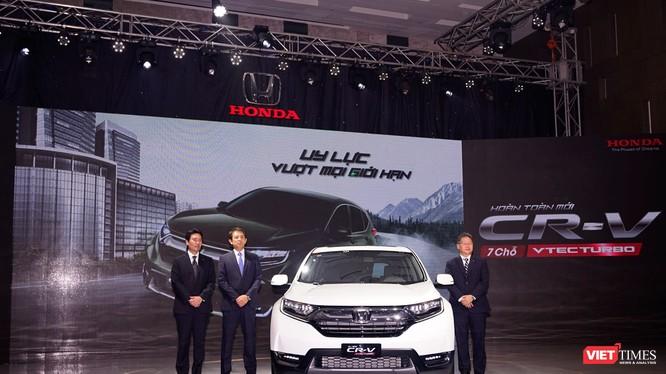 Honda CR-V 2018 mới bán từ 1/1/2018 với giá cao nhất 1,1 tỷ đồng. Ảnh: Nguyên Minh