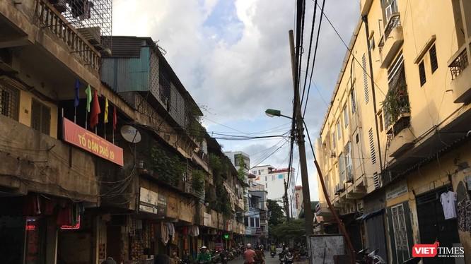 Hiện nay trên địa bàn TP Hà Nội có 1.579 nhà chung cư cũ.