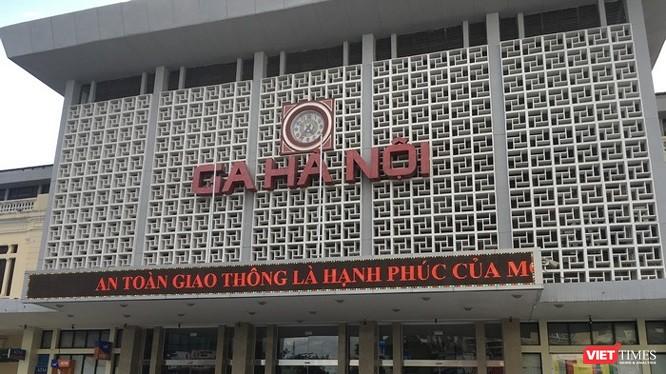 Trước đó, vào giữa tháng 9/2017, UBND TP Hà Nội có văn bản số xin ý kiến các bộ ngành liên quan đối với đồ án Quy hoạch phân khu đô thị khu vực ga Hà Nội và phụ cận.